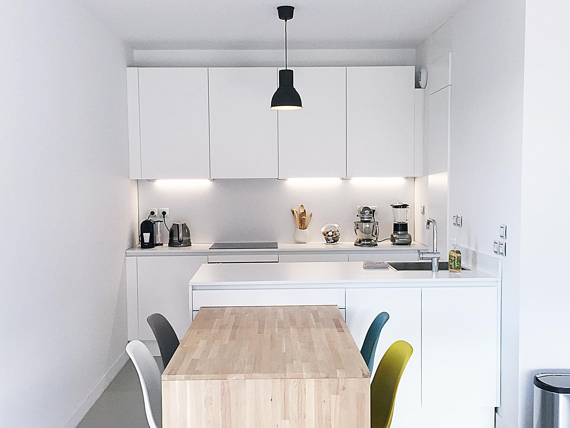 Cuisine Pour Petit Espace Contemporaine cuisine blanche et bois - atelier wm
